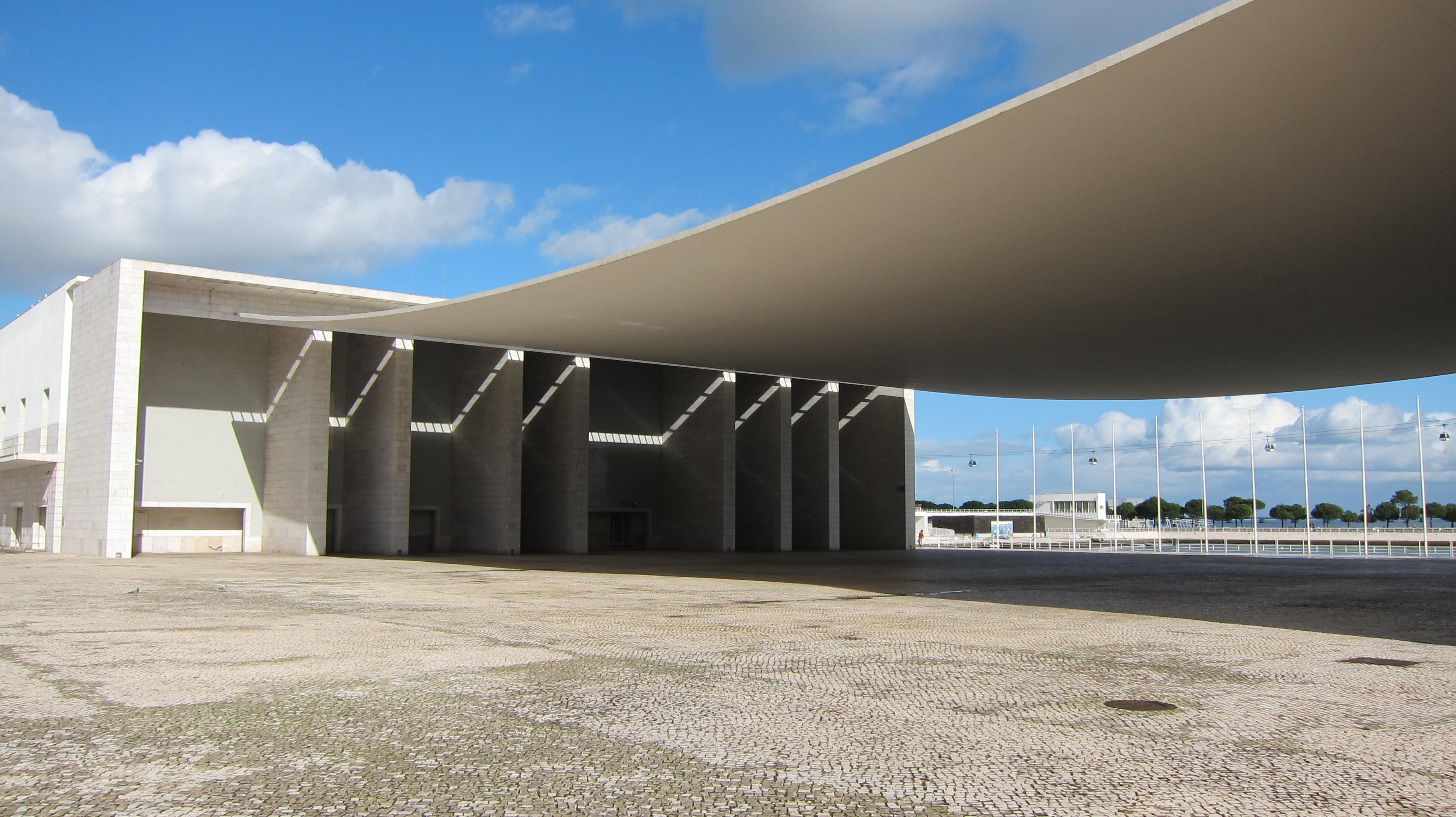 Architetture sospese, cinque sfumature