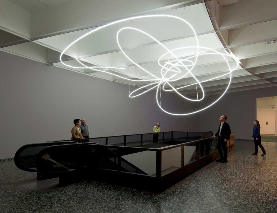 struttura al neon per IX triennale di Milano 1951