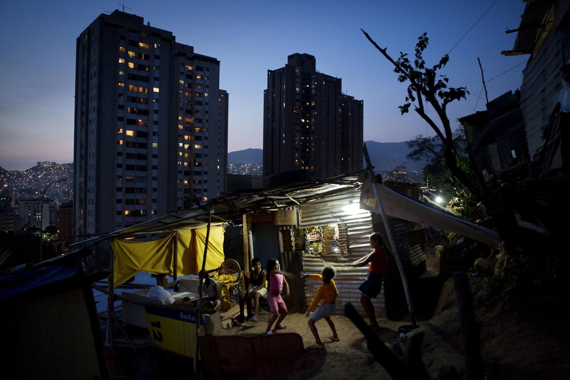 VENEZUELA. Caracas. 2007. New squatter settlements on a hillside in north Caracas.