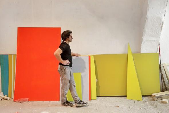 Felix Schramm al lavoro per l'installazione Duo, presso la Fondazione Volume! (Roma), 2016/17 - Foto di Federico Ridolfi