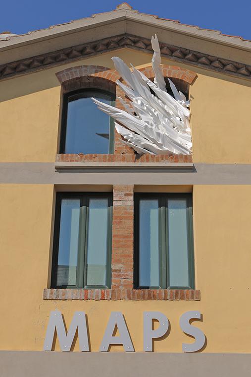 Dettaglio dell'installazione di Matteo Maggio al MAPS di Scarlino.