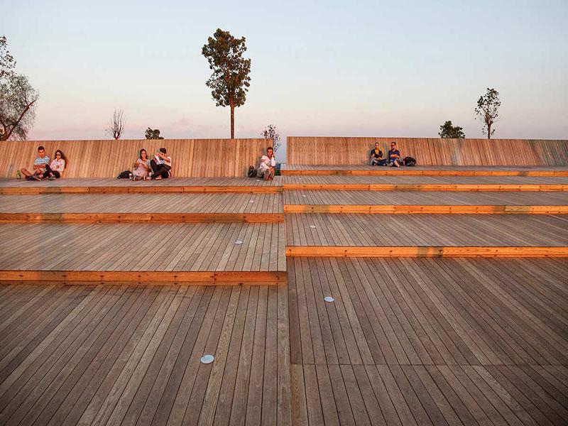 Bostanlı Footbridge e Sunset Lounge, Studio Evren Başbuğ Architects