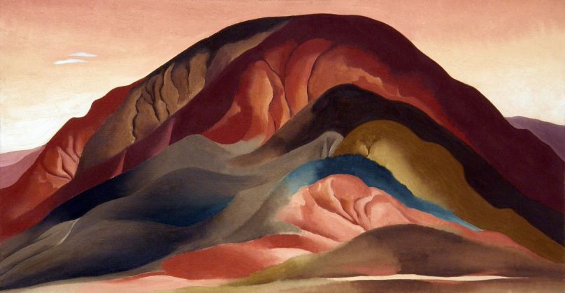 Georgia-OKeeffe-Rust-Red-Hills-1930-Brauer-Museum-of-Art-Valparaiso-University-Indiana-Sloan-Fund-Purchase-Georgia-OKeeffe-Museum-808x420