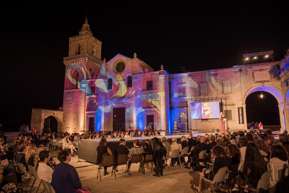 Panoramica Piazza San Pietro Caveoso - Matera