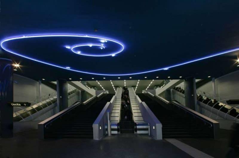 Mario Merz, Senza titolo, 2003 stazione metropolitana Vanvitelli, Napoli
