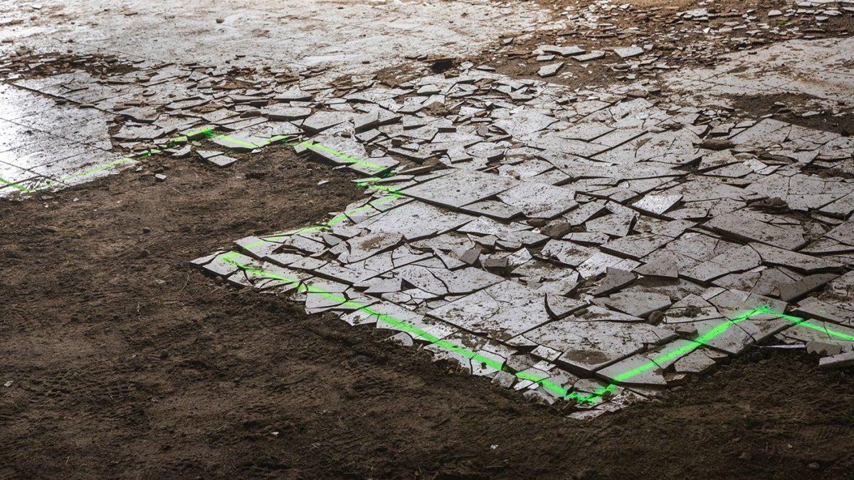 Cerimonia – A Bologna un'installazione che racconta l'architettura dell'abbandono