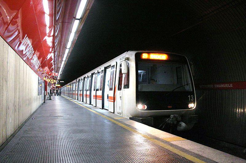 Treno Caf sulla Metro A