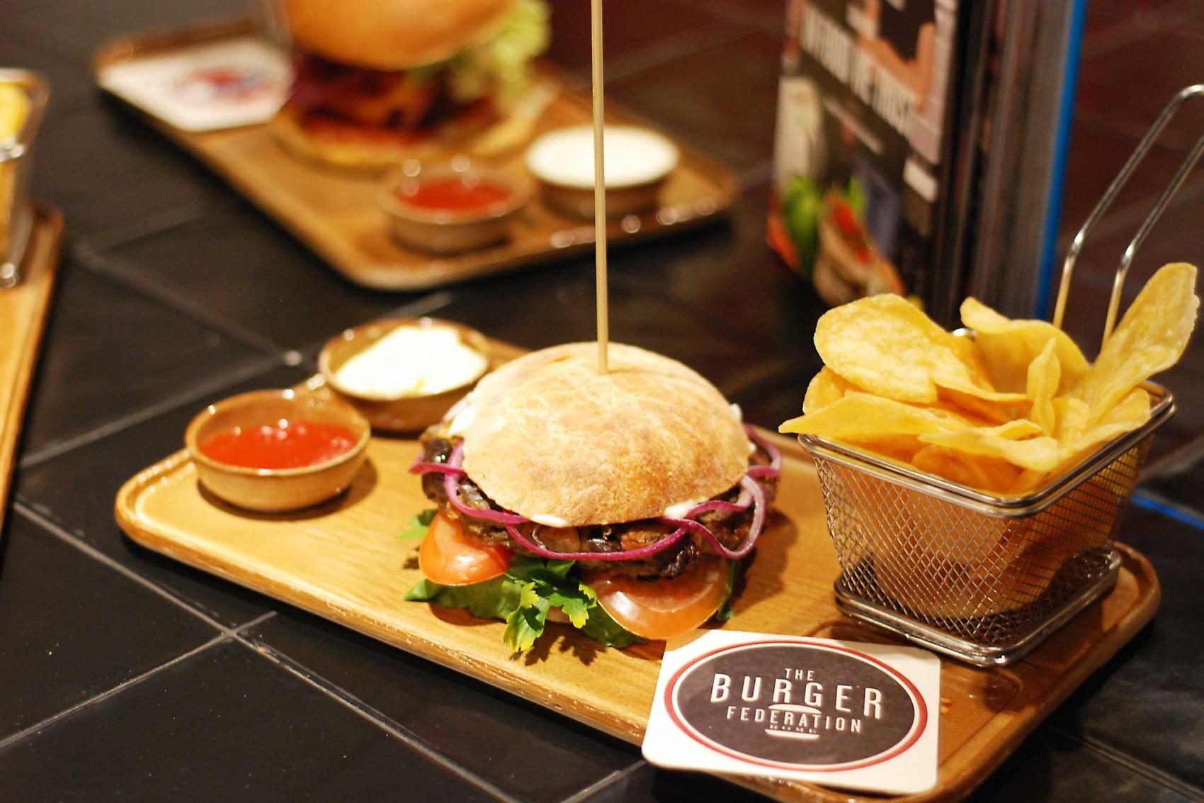 Hamburger Roma, ecco 7 posti dove mangiarli