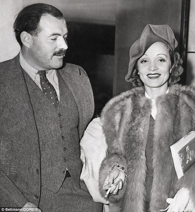 Ernest Hemingway e Marlene Dietrich