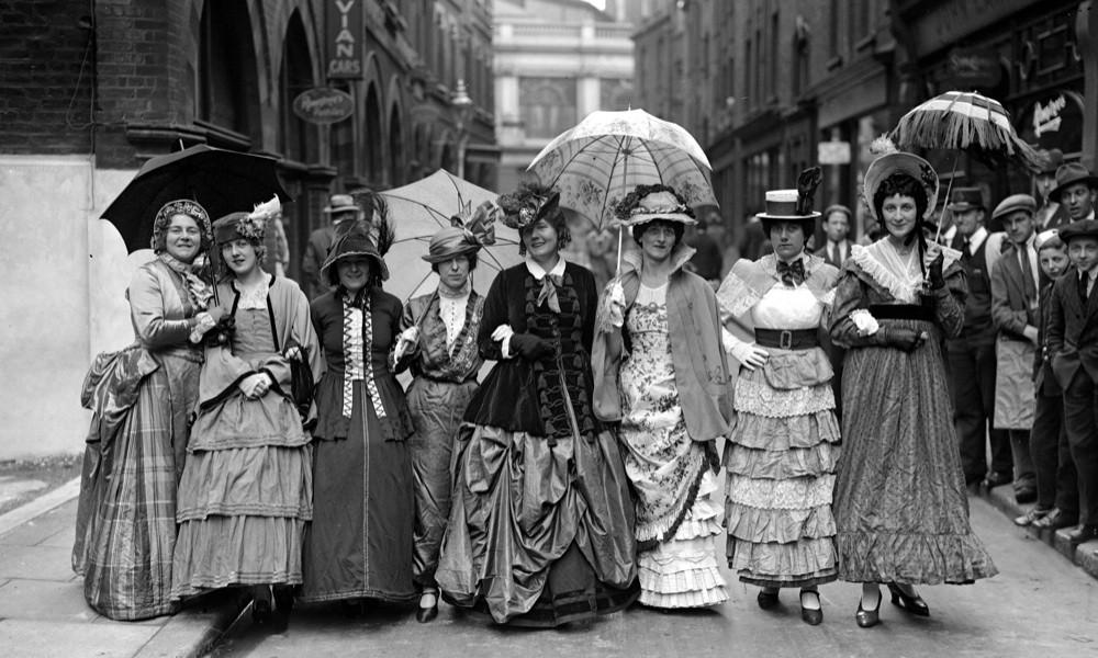La donna e la fotografia: gli scatti che mostrano l'emancipazione femminile