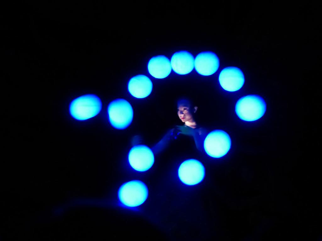 momix-alchemy-danza-bolle-blu-verona www.dismappa.it
