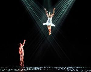 Danza e rappresentazione: le scenografie e le coreografie più sorprendenti 1