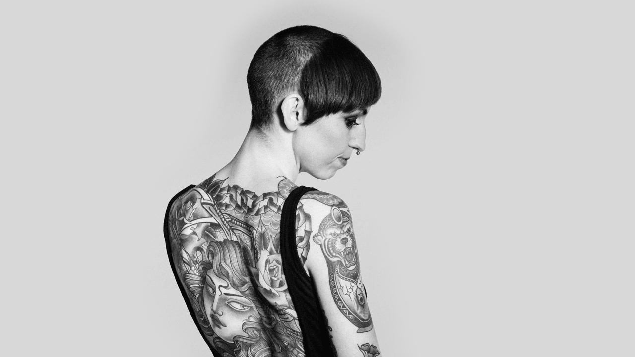 Flo Nuttall tattoo – Arte e stile inconfondibili sulla pelle