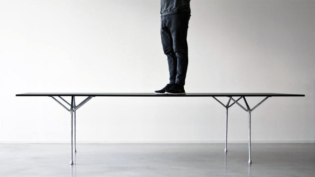Tavoli design: studio e living perfetti