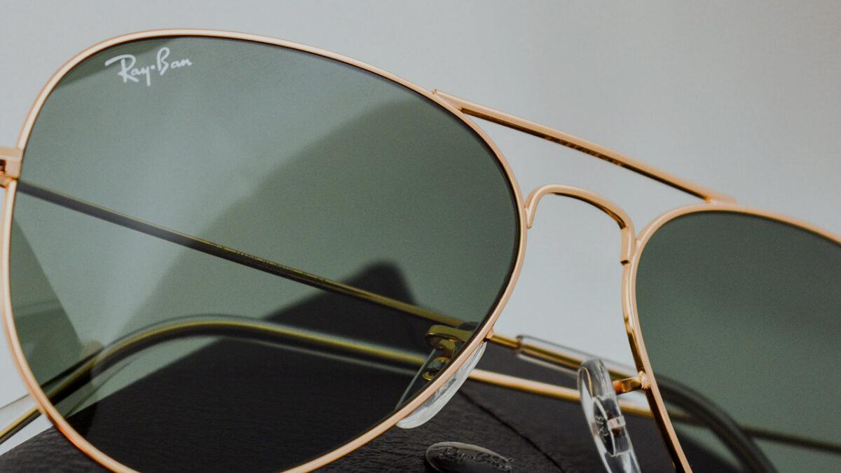 Occhiali Ray-Ban: le star del mito degli occhiali da sole a goccia