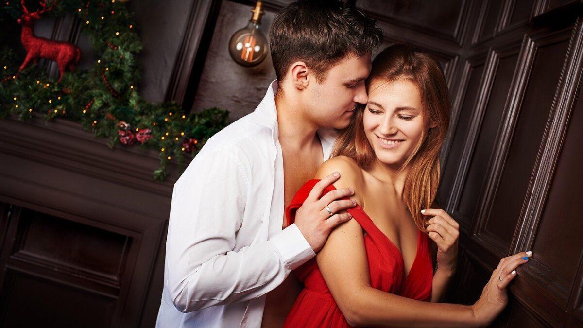 Sesso a tre: la fantasia sessuale (proibita) di molti
